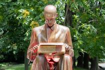 Statuia lui Indro Montanelli