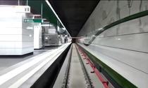Cu trenul de metrou pe Magistrala 5 din Drumul Taberei
