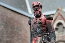 Statuia cu Leopold II vandalizata