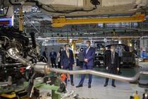 Presedintele Iohannis in vizita la Ford Craiova