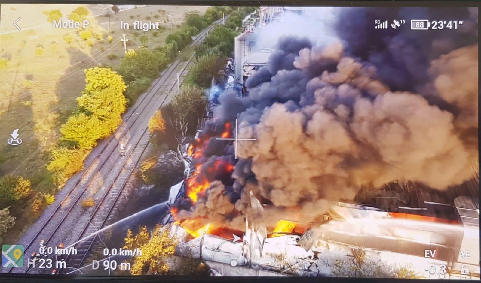 Ard două hale din Bragadiru. A fost emisă avertizarea Ro-Alert  |Incendiu Bragadiru