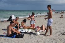 Mileniali americani la plajă