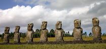 Statuile de pe insula Pastelui