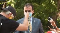 protestatarul Ceausescu i-a dat lui Orban un lant