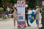 Protest impotriva strategiei suedeze