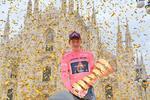 Tao Geoghegan Hart a castigat Turul Italiei