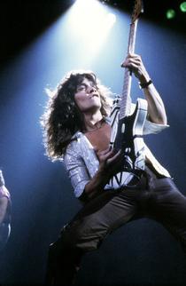 Van Halen a sărit pe lună
