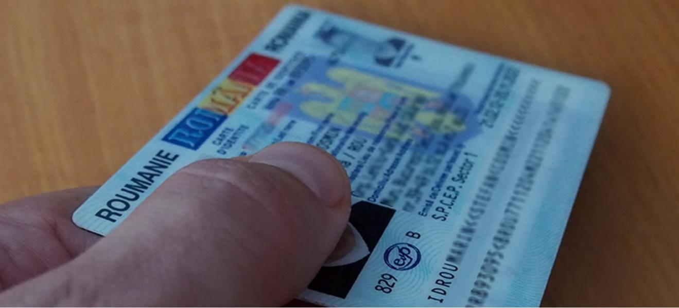 image-2020-10-8-24339294-70-carte-identi