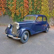 """Elegant Mercedes 170 V, 1940 (mașina Comisarului Moldovan din filmul """"Un comisar acuză"""")"""