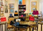 Expoziția dedicată genților Hermès, Chanel & Louis Vuitton