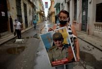 Afis cu Raul Castro in Cuba