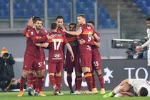 Jucatorii echipei AS Roma si bucuria golului