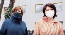 Oana Gheorghiu si Carmen Uscatu pe santierul spitalului