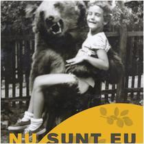Maia Morgenstern în brațe de urs