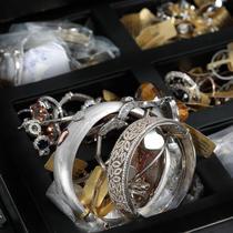 Tezaur de aur și argint, la Palatul Cesianu-Racoviță