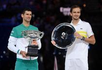 Novak Djokovic si Daniil Medvedev