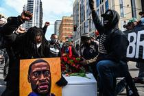 Manifestatii in Minneapolis