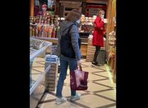 Maia Sandu la cumparaturi