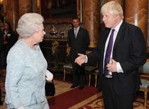 Boris Johnson si regina Elisabeta a II-a