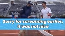 Novak Djokovic cerandu-si scuze