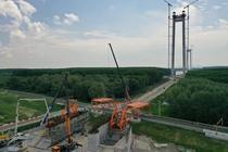 Podul peste Dunăre de la Brăila și platforma care va ridica cablurile de oțel