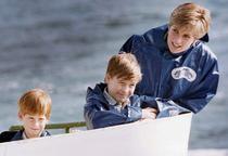 Printesa Diana cu William si Harry
