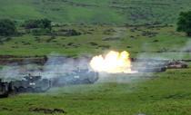 Focuri de tancuri si blindate in poligonul Cincu
