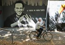 Navalnii pictat pe zidurile din Geneva (sursa foto: twitter)