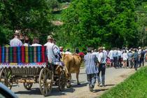 Serbare de primavara intr-un sat din Ardeal