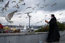 Femeie in Istanbul, Turcia