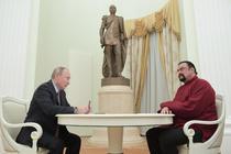 Steven Seagal s-a alaturat unui partid rusesc pro-Putin