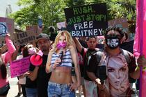 Fanii lui Britney Spears au protestat la procesul privind tutela cantaretei