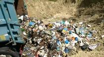 Groapă ilegală de gunoi în Fârtăţeşti, Vâlcea