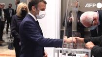 Macron votand