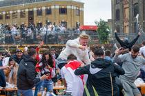 Bucuria fanilor englezi pe durata Euro 2020