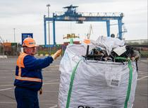 Deseuri aduse in Portul Constanta