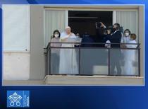 Papa Francis, slujba de la balconul spitalului