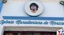 Intrarea in Biserica inchinata lui Maradona in Mexic
