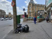 Gunoaie pe străzile din București