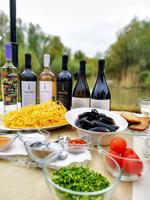 Vinuri Rasova și ingrediente locale dobrogene