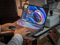 ASUS ZenBook cu ecrane OLED