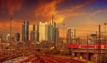 Orasul Frankfurt vazut din zona garii centrale