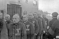 Prizonieri in lagarul nazist Sachsenhausen