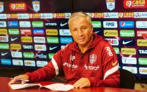 Dan Petrescu, in momentul semnarii unui nou contract cu CFR Cluj