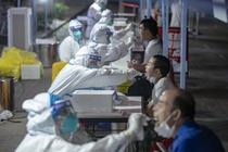 Testare coronavirus in Wuhan