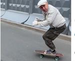 skateboarder la 73 de ani