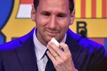 Lionel Messi plange la despartirea de Barcelona