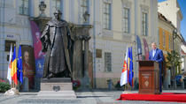 Klaus Iohannnis, la dezvelirea statuii lui Brukenthal, in Sibiu