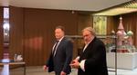 Gerard Depardieu la Ambasada Rusiei din Paris