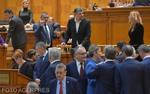 Marcel Ciolacu votează la motiunea de cenzura
